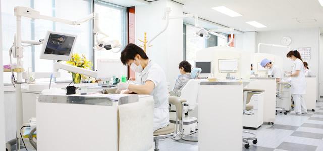 女性医師が在勤のイメージ